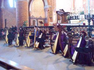 Morimondo (MI) - 18 aprile 2010 - accordiamo le arpe ...