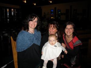 Bruna, Patrizia e Barbara con la piccola Dalia - 8 gennaio 2012 -Cesano Maderno (MB)