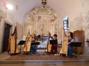 Patrizia borromeo e Il Cerchio delle fate a San Defendente - Roncola (BG)