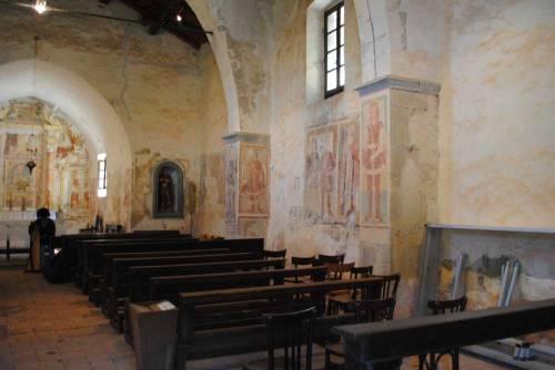 l'interno della chiesa di San Defendente -  Roncola (BG)