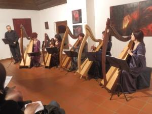 Patrizia Borromeo e Il cerchio delle fate:  ensemble di arpe celtiche