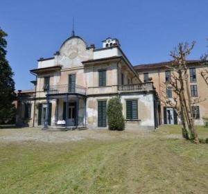 Villa Zari a Bovisio Masciago (MB)
